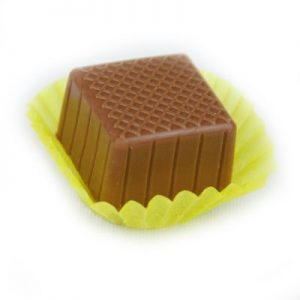 new square marzipan in yellow_400_PIXEL - Copy